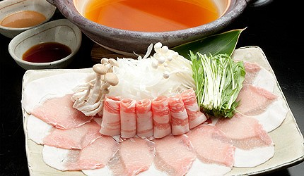 琉球Dining桃香是一間在恩納村附近推薦的豬肉涮涮鍋店