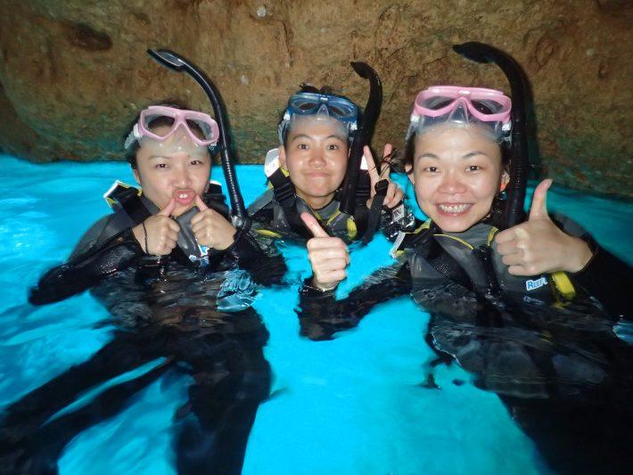 青洞 浮潛 沖繩