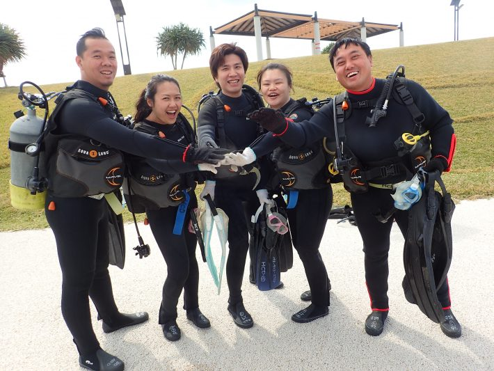 沖繩 青洞 浮潛 日本