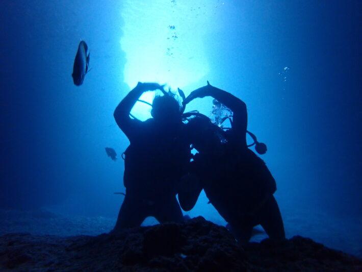 沖繩潛水 青洞FUN DIVE