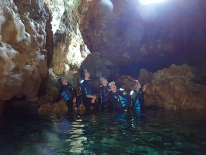 沖繩潛水 青洞深潛 浮潛 中文
