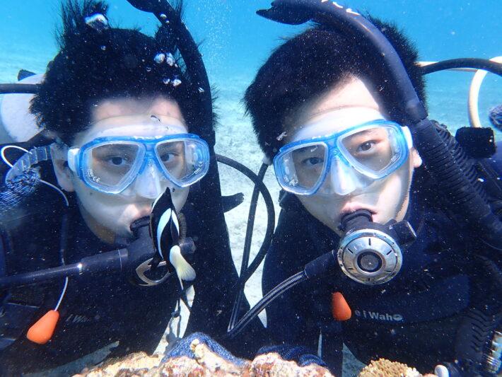 沖繩潛水 青之洞窟浮潛 中文