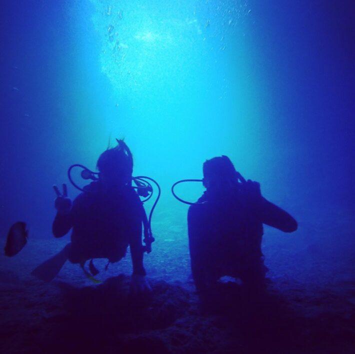 沖繩浮潛 青之洞窟 中文